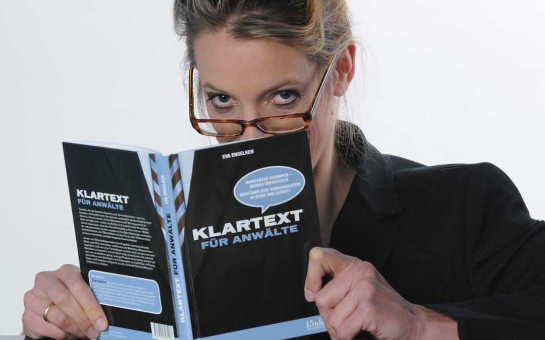 Eva_Engelken_Klartext_mit_ihrem-Buch